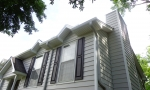 Durante Home Exteriors professional workmen efficiently installed new siding all the way around the home.