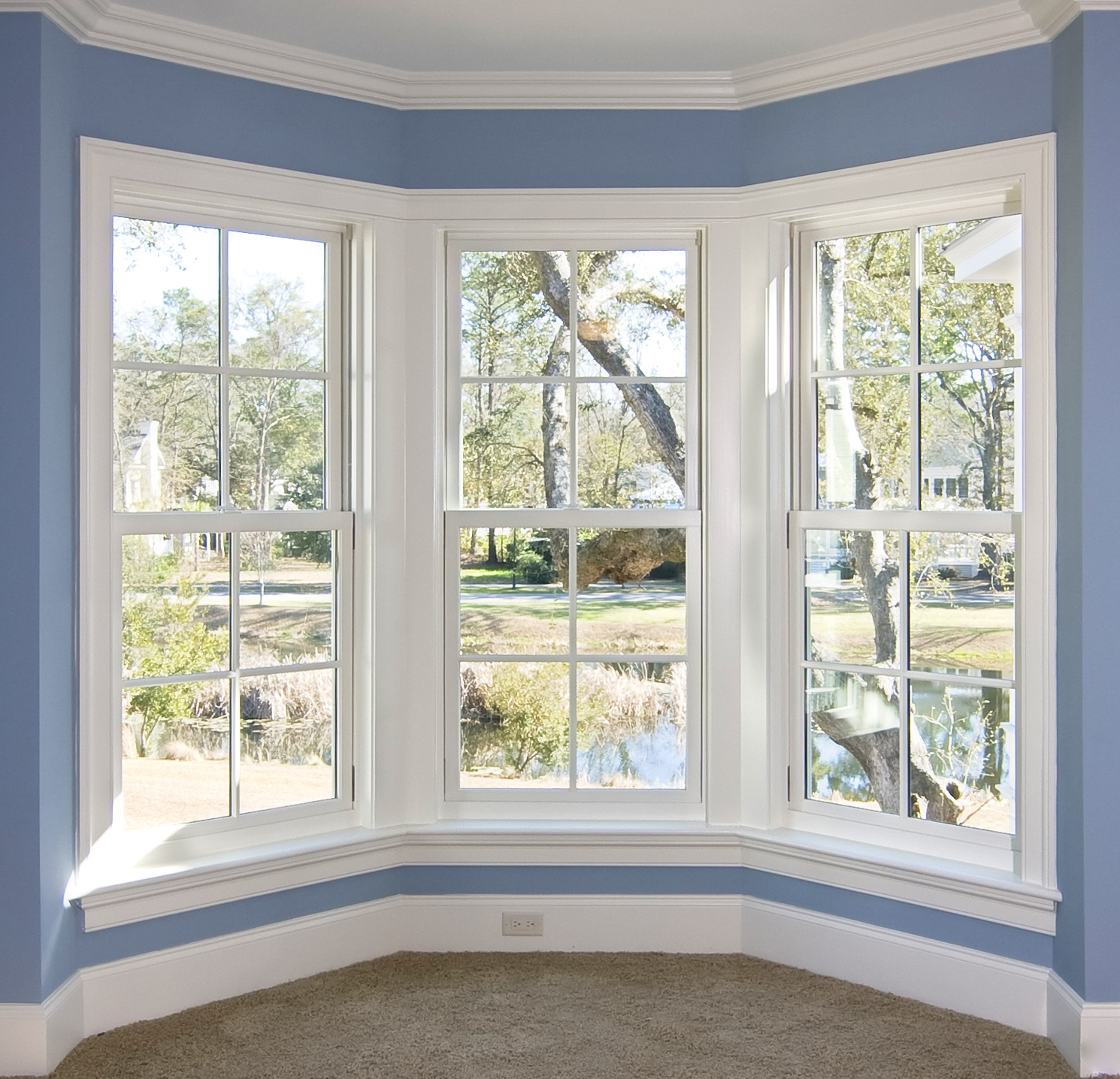 Replacement windows hoover durante home exteriors for Fancy window design